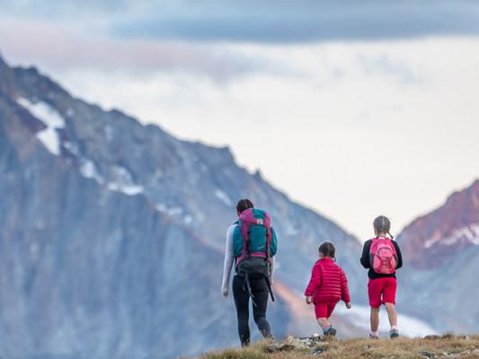 Au cœur d'un paysage alpin spectaculaire, le paradis des activités en plein air.