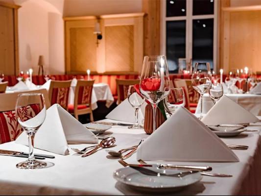 Fine dining - for the physical well-being - Sie lieben schmackhaftes Essen und einen guten Wein? Das ist auch zu Zeiten von Corona möglich - un