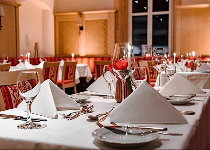 Fine dining – für das leibliche Wohl - Sie lieben schmackhaftes Essen und einen guten Wein? Das ist auch zu Zeiten von Corona möglich - un