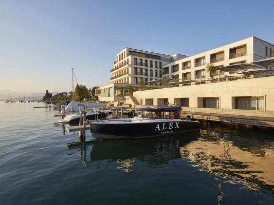Hotel Alex Lake Zurich - Lifestyle, Indulgence and Wellness on Lake Zurich - The Hotel Alex Lake Zurich is located on the western shore of Lake Zurich and is characterised by it