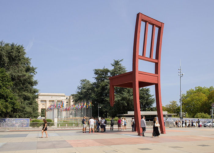 Hotels in Geneva Region - Geneva's broken chair  Next to the headquarters of the United Nations, on the Place des Nations, sta