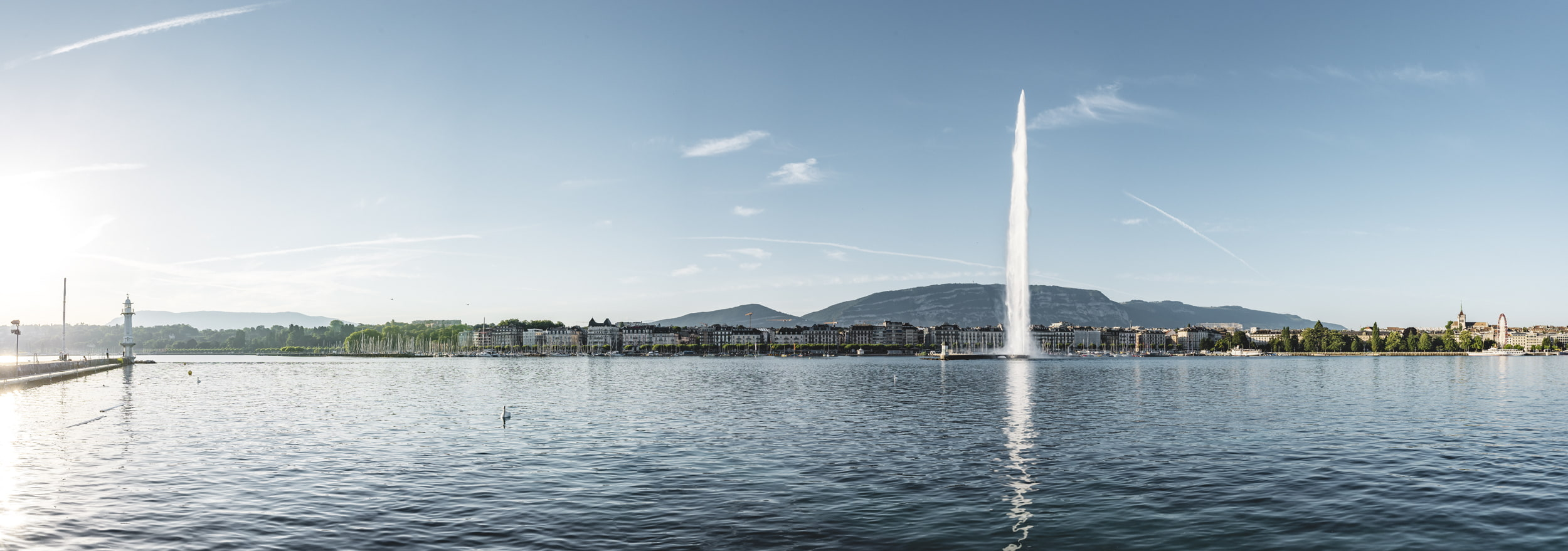Hotels in Geneva Region - With a population of just under 200,000, Geneva is Switzerland's second largest city, the economic a