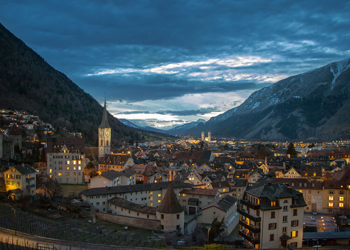 Hotels in Grisons - Chur  Chur, the oldest town in Switzerland, is the cultural and economic centre of the Graubünden r