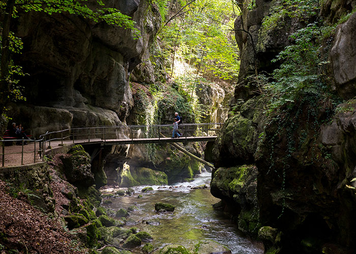 Hotels in Jura and Three-Lakes - Hike in the Taubenloch gorge  Have you ever heard of Pigeonhole Canyon? Not many people are familiar
