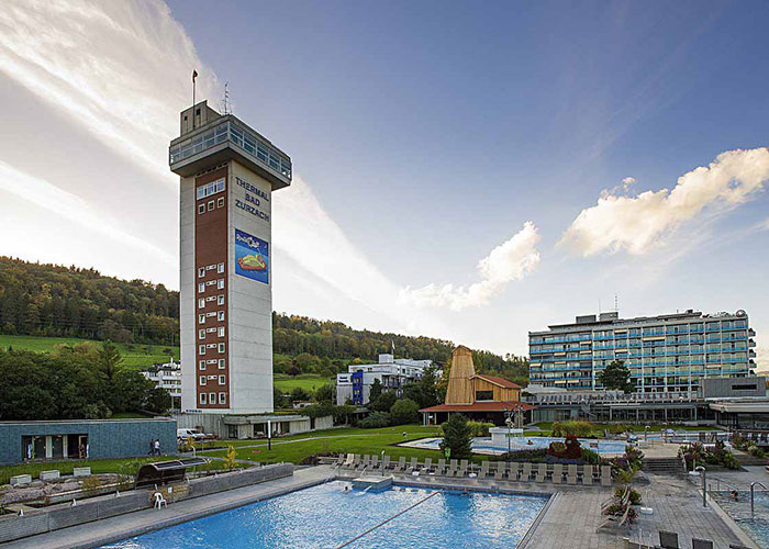Hotels in Aargau Region - Thermal bath Bad Zurzach Even warmer are the springs of the thermal spa in Bad Zurzach in the north