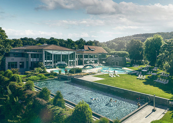 Hotels in Aargau Region - Aquarena Fun Aquarena Fun is the name of the thermal bath of Bad Schinznach. The highlight of the fa