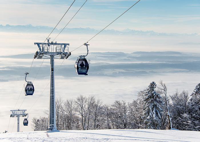 Hotels in Bern Region - Sledding on the Weissenstein  Solothurn's local mountain Weissenstein is a popular hiking destinatio